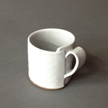 small wrap mug with dots